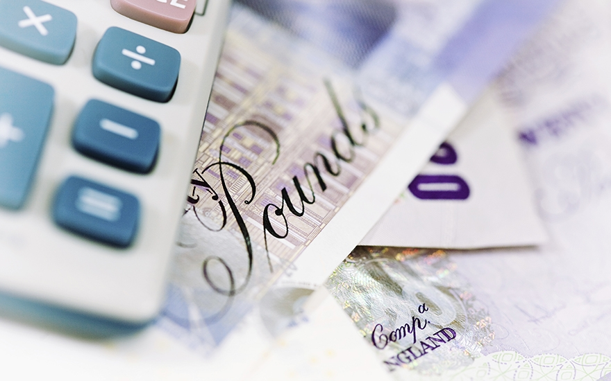 Junior marketing salaries set to rise in 2016